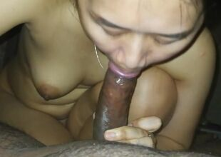 Mai thai blow-job