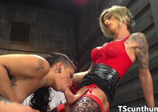 Ebony cunny thicket